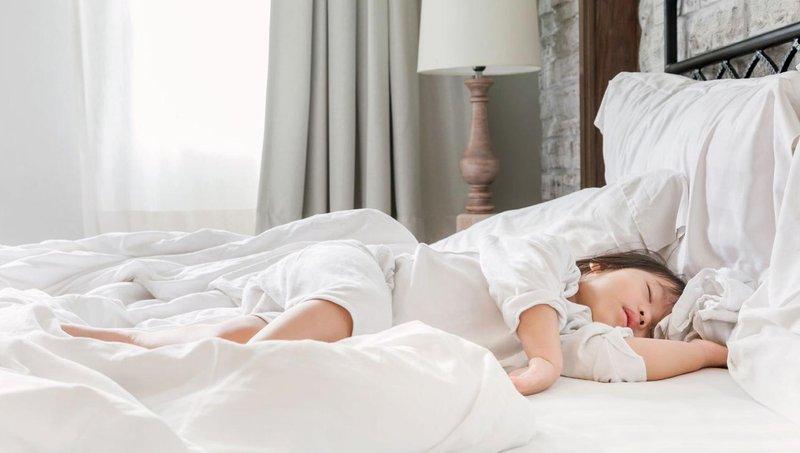4 langkah ampuh agar balita tidak bangun terlalu pagi 4