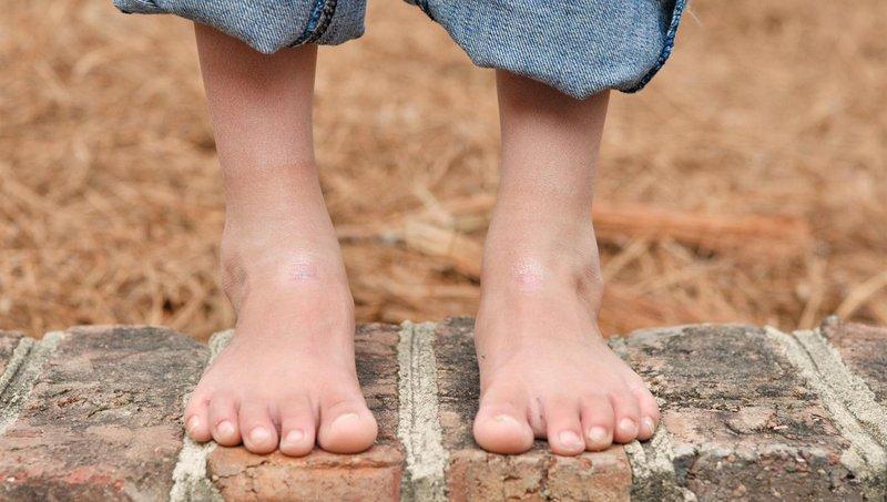 4 manfaat bertelanjang kaki bagi balita 3