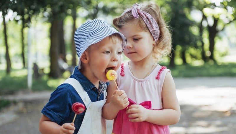4 tips hentikan kebiasaan anak membandingkan diri dengan orang lain 4dd