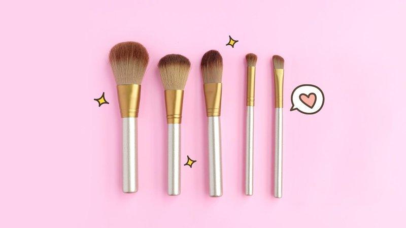5 tipe kuas makeup hero