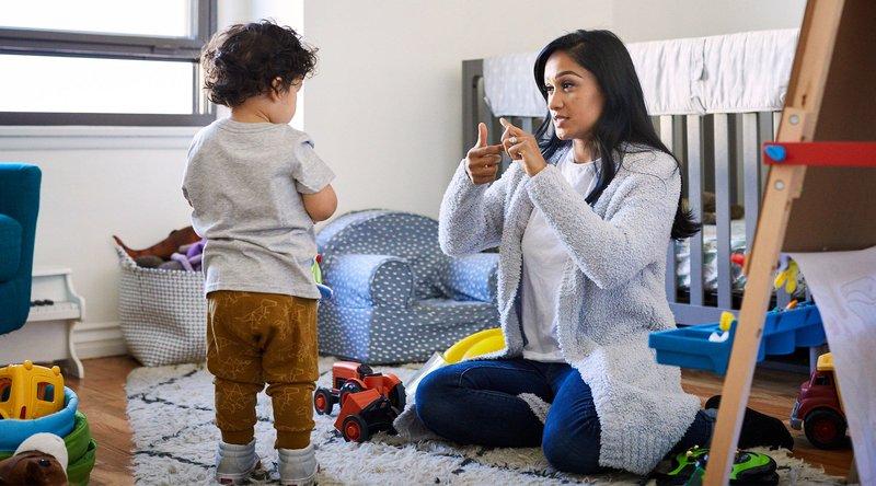 5. Do Katakan pada anak kapan Moms akan pergi dan kembali.jpg