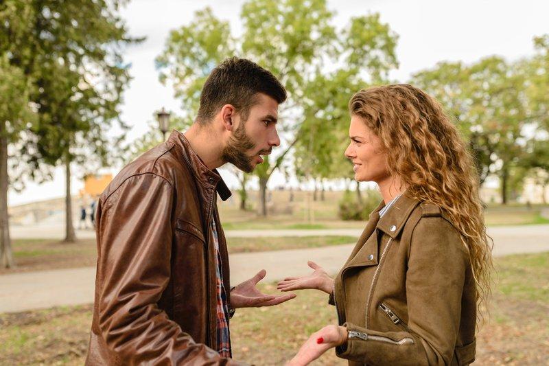 4 Alasan Kuat untuk Membuat Perjanjian Pranikah Bersama Calon Pasangan 03.jpg