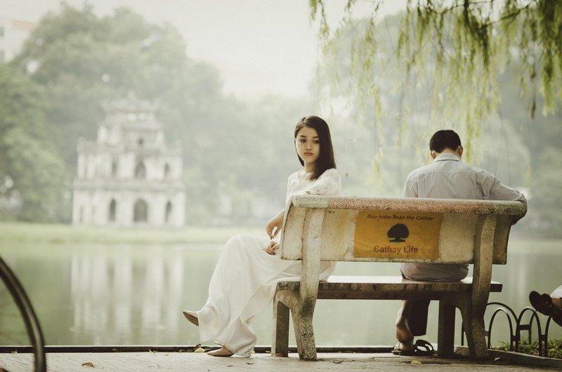 menunda menikah
