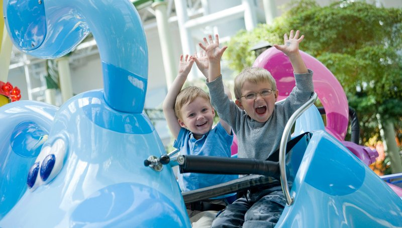 5 Aturan Keamanan Saat Naik Wahana Di Taman Hiburan Anak 1.jpg