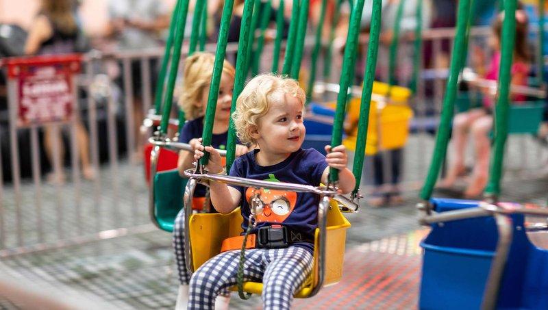 5 Aturan Keamanan Saat Naik Wahana Di Taman Hiburan Anak 4.jpg