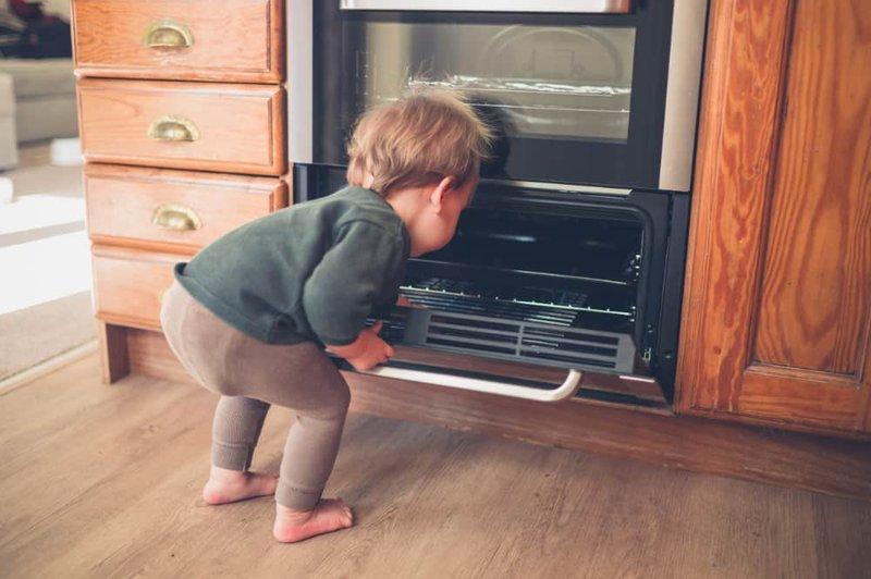 5 Cara Ini Pastikan Bayi Aman Saat Belajar Berjalan -3.jpg
