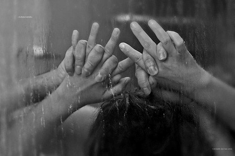 5 Cara Melakukan Shower Sex dengan Menggairahkan 1.jpg