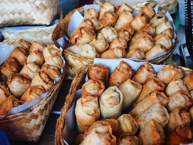 5 Daerah Destinasi Wisata Kuliner di Indonesia, Boleh Dicoba! 05.jpg