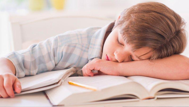 5 Gejala Tak Biasa Migrain Pada Anak, Bukan Cuma Sakit Kepala! 5.jpg