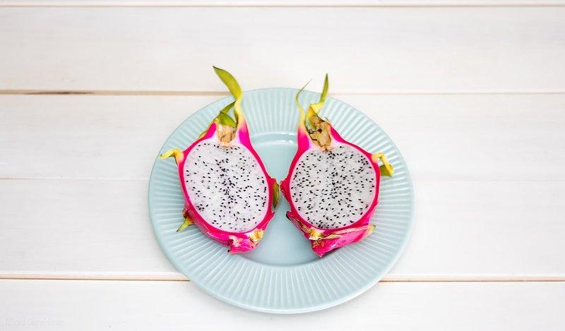 buah naga baik untuk ibu hamil karena kaya antioksidan