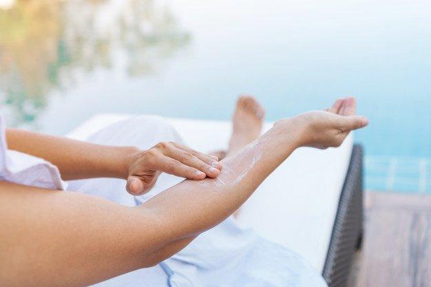 5 Manfaat Memakai Sunscreen untuk Kesehatan Kulit-1.jpg
