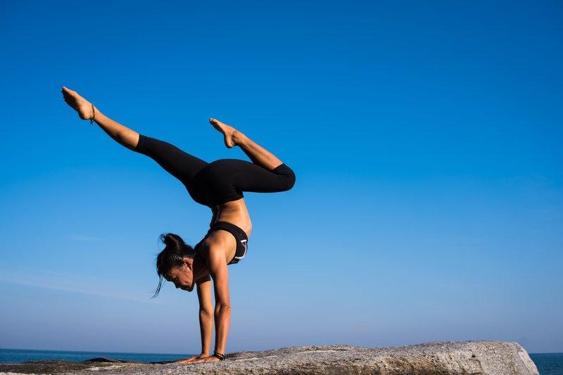 5 Olahraga untuk Memperkuat Tulang dan Menghindari Keropos 01.jpg