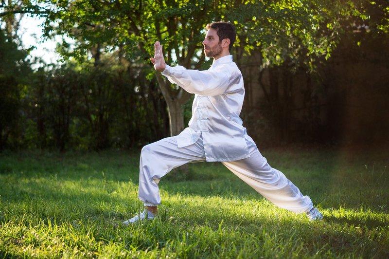 5 Olahraga untuk Memperkuat Tulang dan Menghindari Keropos 03.jpg