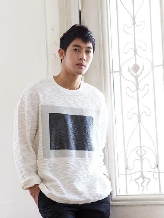 artis korea oplas Kim Hyun Joong