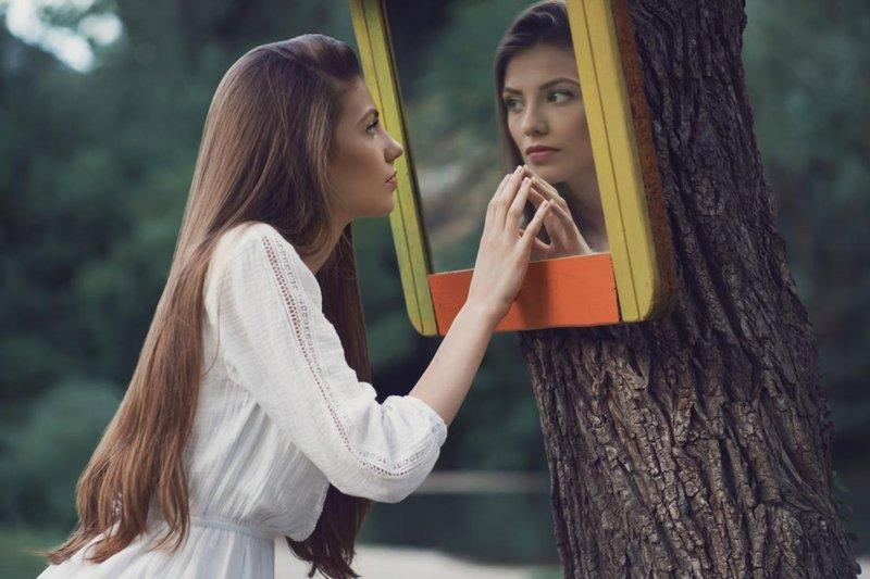 5 Tanda Seseorang Memiliki Kepribadian Narsistik-3.jpg