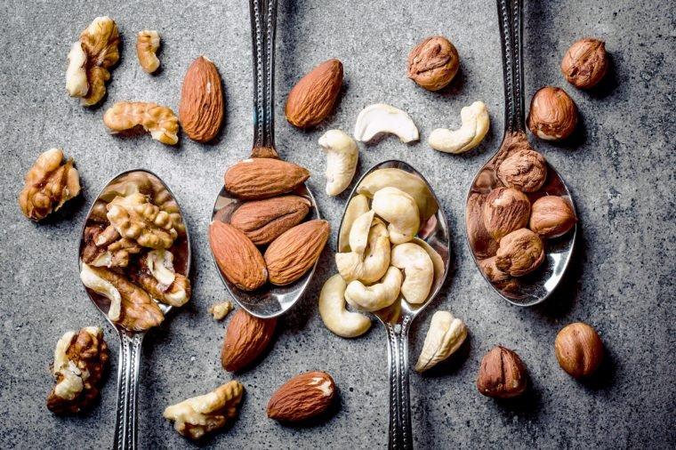 5 Tips Cemilan Sehat Bagi Penderita Diabetes - 2 makanan berserat tinggi.jpg