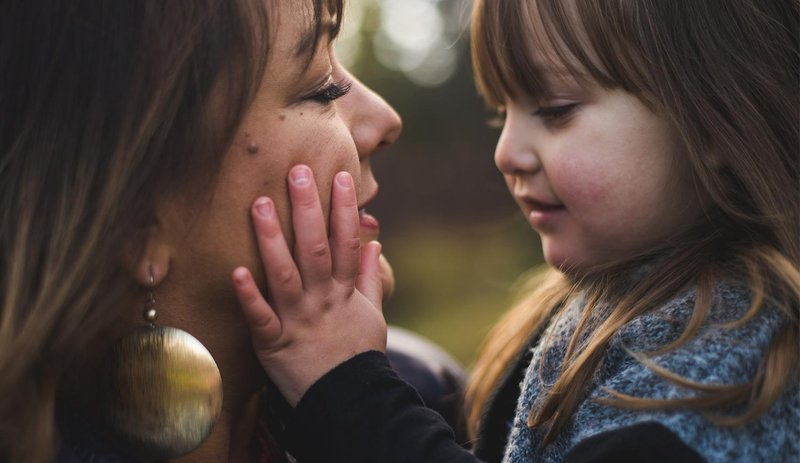 5 cara efektif mengajarkan rasa hormat pada si kecil 5