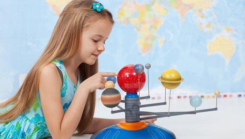 5 cara membantu anak kinestetik belajar di rumah 1