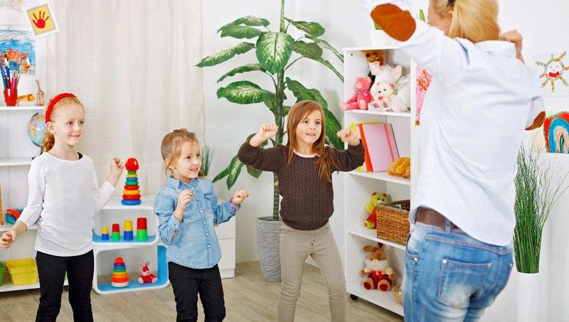 5 cara membantu anak kinestetik belajar di rumah 3
