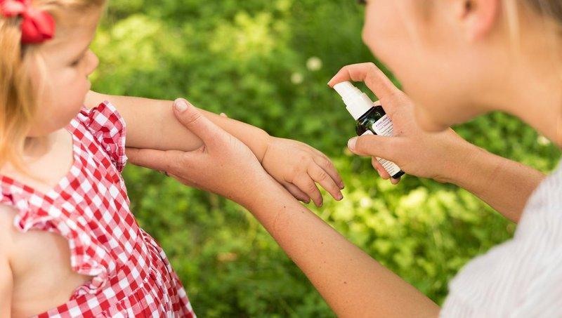 5 cara mudah agar si kecil tidak digigit nyamuk 2