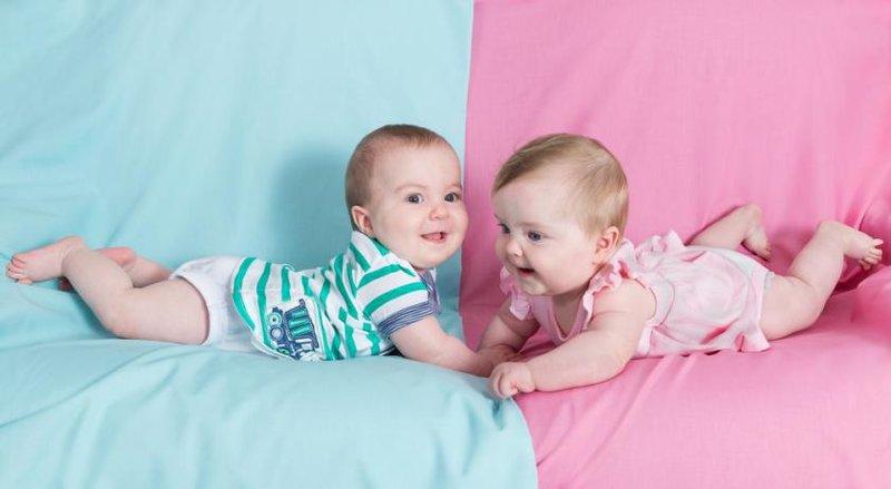 5 fakta menarik terkait kemampuan berbahasa dan komunikasi bayi 3