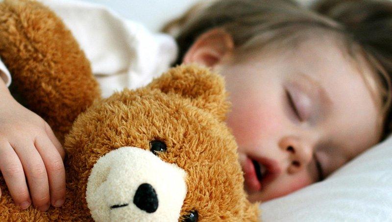 5 jenis gangguan tidur ini berbahaya bagi balita lho 1