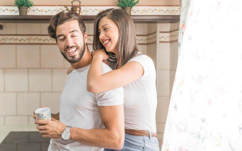 5 kebiasaan setiap pagi agar hubungan tetap harmonis (02)