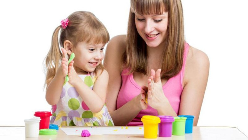 5 manfaat baik bermain play dough untuk balita 5