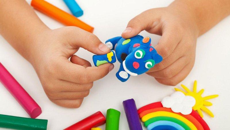 5 manfaat baik bermain play dough untuk balita 2