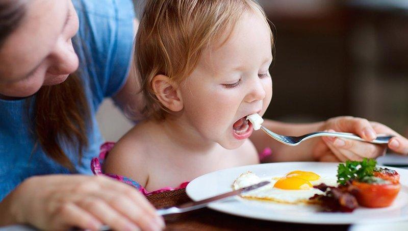 5 manfaat makan sebutir telur untuk sarapan anak setiap hari 2