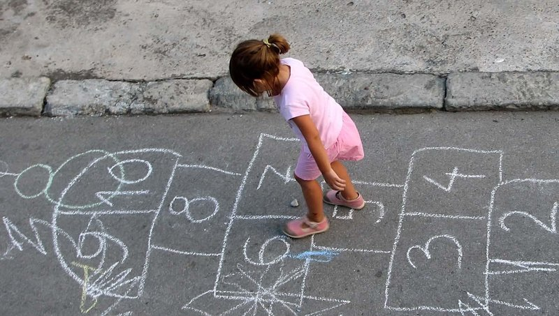 5 olahraga ringan untuk stimulasi otak anak 4