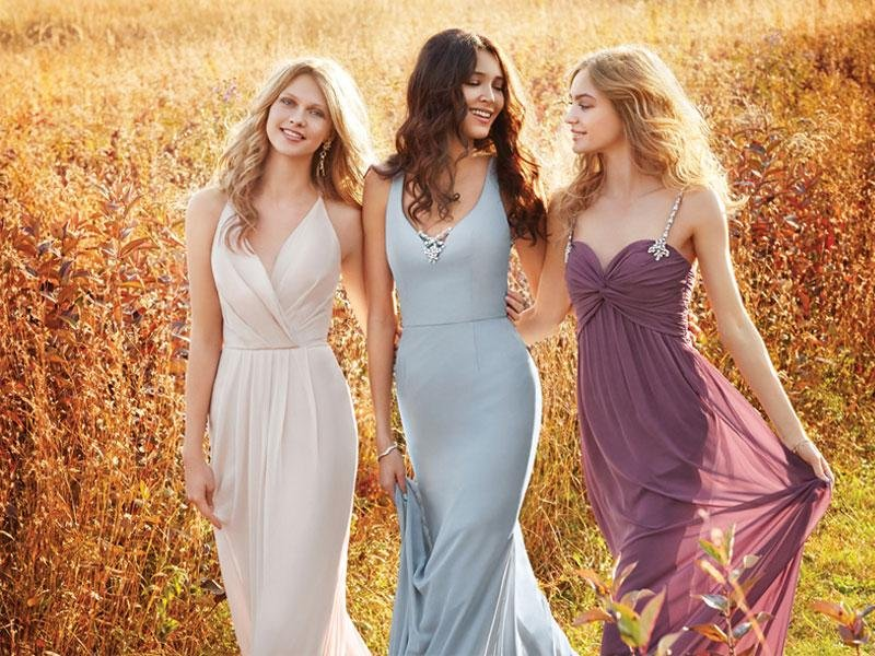 5 pilihan warna untuk gaun bridesmaid anda (5)