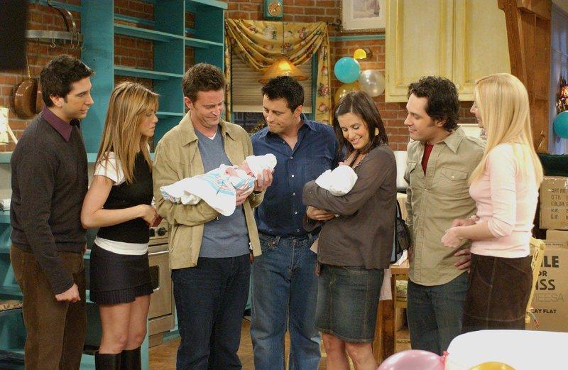 5 serial tv untuk para ibu muda friends, indipepper.com