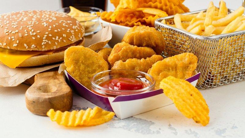 6 Aturan Makan Saat Balita Tifus, Moms Wajib Tahu 02.jpg