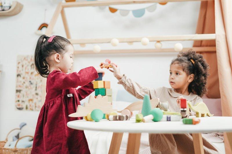 6 Hal yang Harus Dipertimbangkan Sebelum Membeli Mainan Edukasi untuk Anak 4.jpg