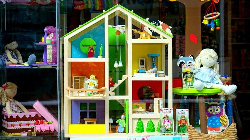 6 Hal yang Harus Dipertimbangkan Sebelum Membeli Mainan Edukasi untuk Anak 6.jpg