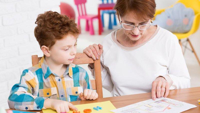 memilih sekolah untuk anak dengan autisme