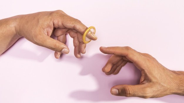 cara menggunakan kondom