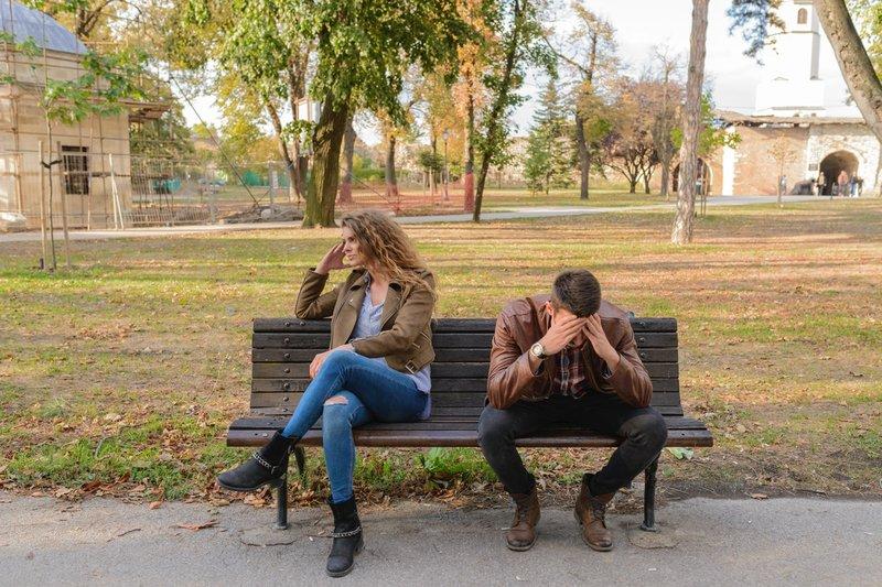 6 Tanda Hubungan yang Toxic dan Harus Segera Diakhiri 1.jpg