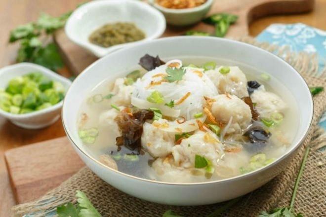 makanan khas sumatera selatan tekwan