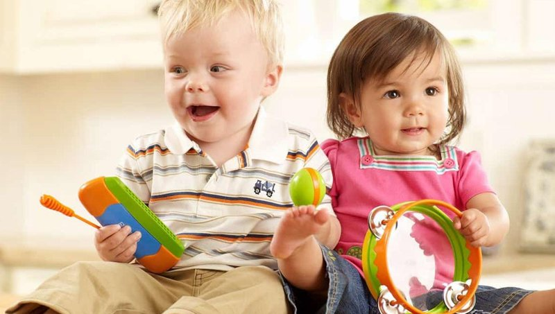 6 tahapan bermain balita sesuai dengan perkembangan kemampuan sosialnya 4