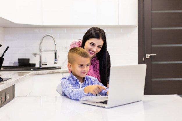 Mendidik Anak di Era Digital