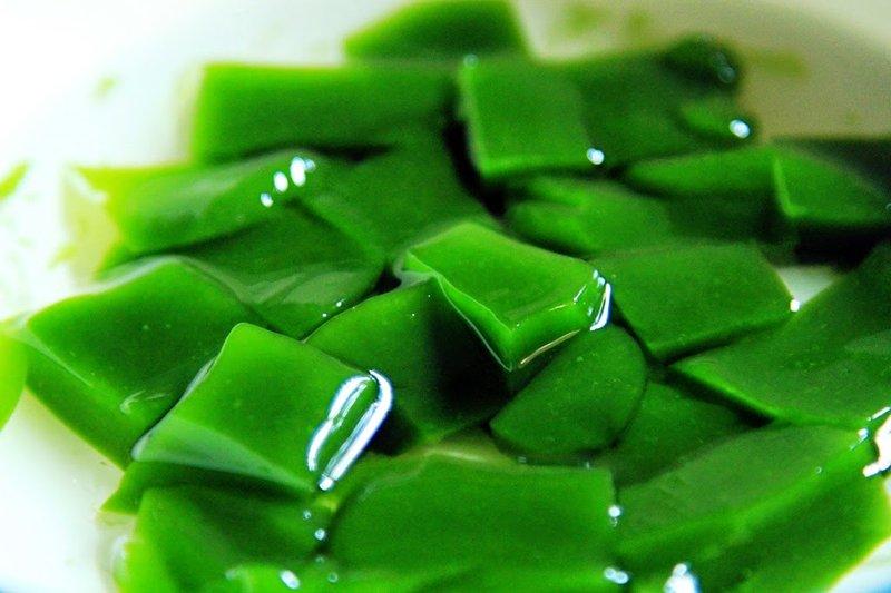 Manfaat cincau hijau.jpeg