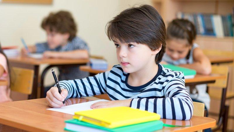 7 Alasan Anak Sulit Berkonsentrasi Di Kelas 3.jpg