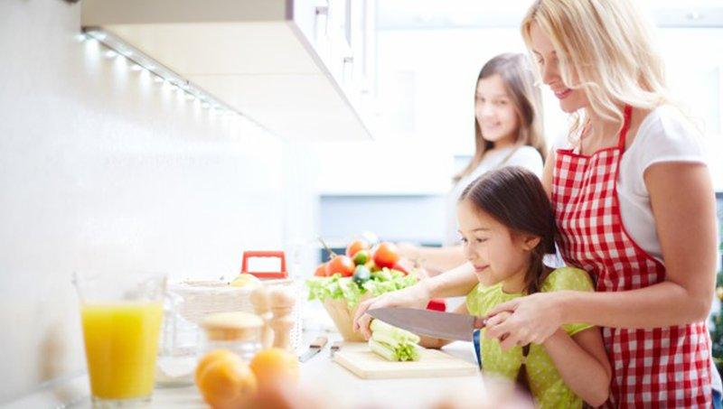 7 Cara Mencegah Anak Terkena Infeksi Bakteri E. Coli 5.jpg