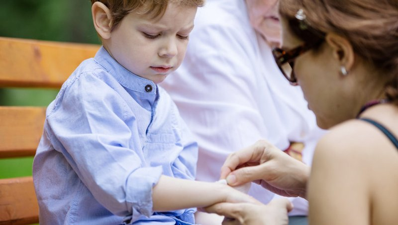 kesalahan perawatan luka anak