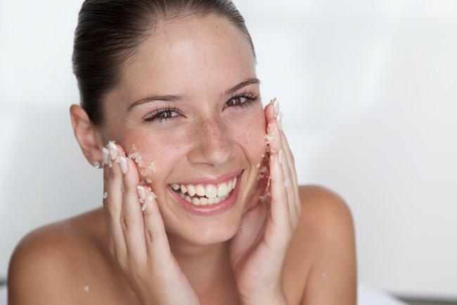 7 Rahasia Kulit Lebih Glowing Tanpa Pakai Makeup-4.jpg