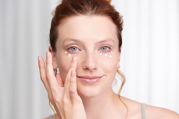 7 Rahasia Kulit Lebih Glowing Tanpa Pakai Makeup-2.jpg