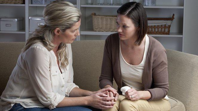 7 Tips Mendukung Sahabat yang Mengalami Perceraian1.jpg