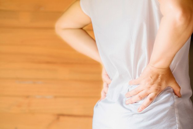 Sakit pinggang sebelah kanan bisa terjadi pada pria